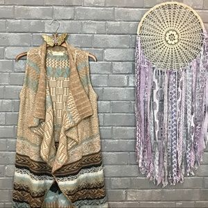 sleeping on snow // tan aqua aztec knit vest xs/s